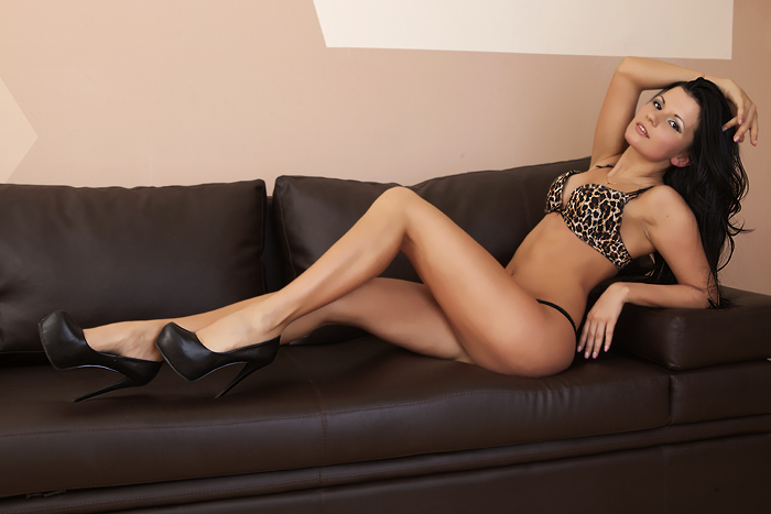 submissive escort prague escort poland